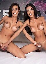 Alice Marques and Pietra Radi - Monster Gapes, TS on TS Creampie