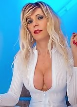 Joanna Jet - Skintight Whites